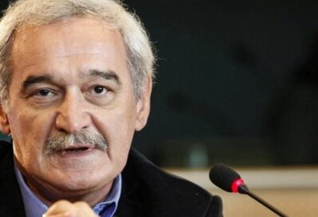 Αυτός που καθιέρωσε μισθούς 300 ευρώ και μερική απασχόληση, 'θίχτηκε' που ο άλλος προτείνει 7μερη εργασία